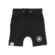 Baggy Shorts Play